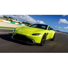 Яркие и дорогие машины 2018 года
